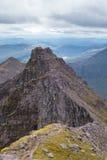 Halna grań prowadzi Teallach Munros w Szkockim Highlan Zdjęcie Royalty Free