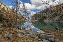 Halna jeziorna sceneria Obrazy Stock
