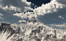 Halna panorama z chmurnym niebem ilustracji