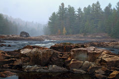 Halna rzeka w jesień czasie Zdjęcie Royalty Free