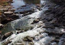 Halna rzeka w kniaź Carpathians Zdjęcia Royalty Free