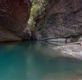 Halna rzeka w skalistym jarze Obraz Stock