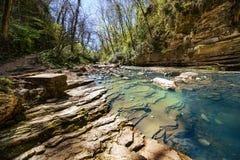 Halna rzeka z siklawą Obraz Royalty Free