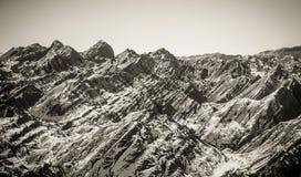 Halna sceneria w czarny i biały zdjęcie royalty free