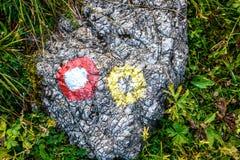Halnego śladu markier na kamieniu lub skale fotografia royalty free