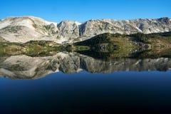 Halni odbicia przy Libby jeziorem zdjęcie royalty free