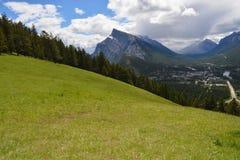 Halny Łąkowy widok Banff obraz royalty free
