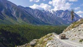 Halny Altai góry jezioro Zdjęcia Royalty Free