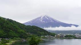 Halny Fuji widzii od Kawaguchiko jeziora Zdjęcia Royalty Free