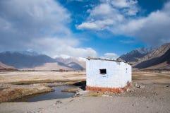 Halny i mały pustynny widok w Leh, India Fotografia Stock