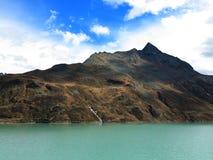 Halny jeziorny sceniczny krajobraz Obraz Stock
