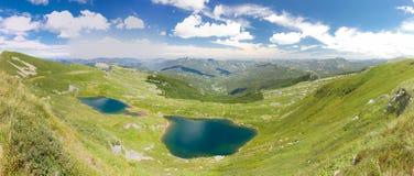 Halny jezioro krajobraz Toskanka Appennini, Włochy Fotografia Stock