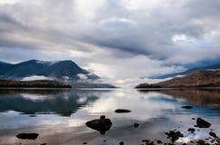 Halny jezioro, Rosja, Syberia, Buryatiya, Froliha Zdjęcia Royalty Free