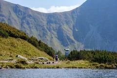 halny jezioro w późnym lecie w Slovakian Karpacki Tatrzańskim zdjęcie royalty free