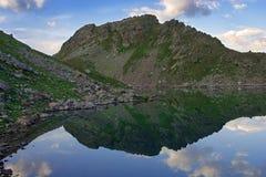 Halny jezioro Obrazy Royalty Free