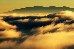 Halny morze chmury Zdjęcia Stock