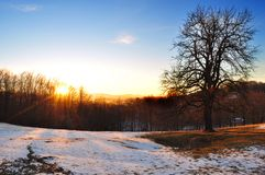 Halny mroźny lanscape, zimy scena Zdjęcia Royalty Free