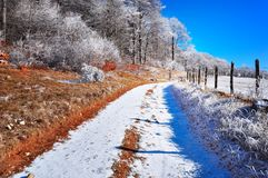 Halny mroźny lanscape, zimy scena Fotografia Stock