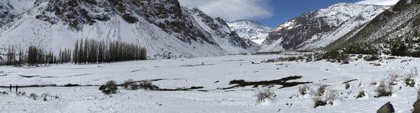 Halny śnieg n Chile i krajobraz Zdjęcia Stock