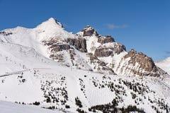 Halny ośrodka narciarskiego Banff park narodowy Alberta Kanada obraz stock