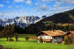 Halny paśnik przy morzem królewiątka w Berchtesgaden Obrazy Stock