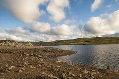 Halny Plato z jeziorem w Norwegia obraz stock
