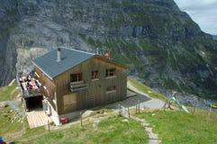 Halny schronisko niedaleki Grindelwald w Szwajcaria Fotografia Royalty Free