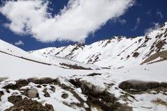 Halny szczyt przy Khardung przepustką, Ladakh, India Obrazy Royalty Free