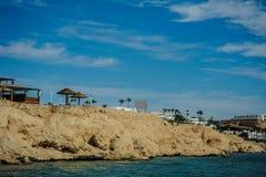 Halny turkusowy morze Fotografia Royalty Free