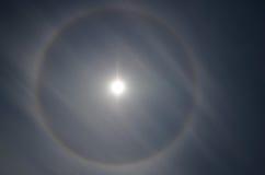 Halo, anneau autour du soleil photo stock