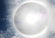 Halo do parélio ou do sol em Tailândia fotografia de stock royalty free