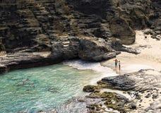 Halona海滩小海湾,檀香山,奥阿胡岛夏威夷 免版税库存图片