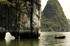 halong Вьетнам залива Стоковая Фотография