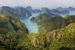 Halong bay archipelago Royalty Free Stock Photos