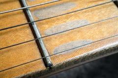 Hals för lönn för elektrisk gitarr för tappning Fotografering för Bildbyråer