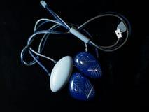Halsband etnisch blauw royalty-vrije stock afbeelding
