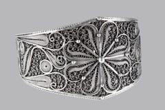 Halsband för tappningsilversmycken royaltyfria bilder