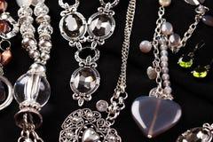 halsband för tillbehörbakgrundsblack royaltyfri foto