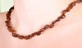 Halskette der Kaffeebohnen Stockbilder