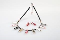 Halskette und Ohrringe Stockfotografie