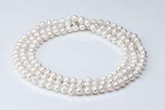 Halskette von Perlen Lizenzfreie Stockfotos