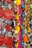 Halsketten auf einem Marktströmungsabriß Lizenzfreie Stockfotografie