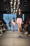 Halston遗产时装表演 免版税库存图片
