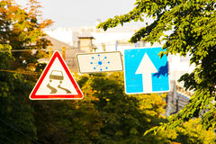 Halt vägmärke arkivfoton