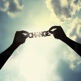 Halten der Änderung im Himmel Stockfoto