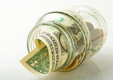 Halten des Geldes. Stockfotos