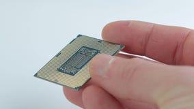 Halten einer CPU stock footage