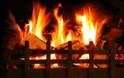 Halten Sie den homefire Burning Lizenzfreie Stockfotografie