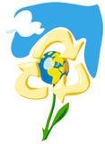 Halten Sie die Erde - aufzubereiten. Allegorie mit Blume, Kugel und Himmel Stockbild