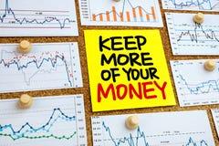 Halten Sie mehr Ihres Geldes Stockfotografie